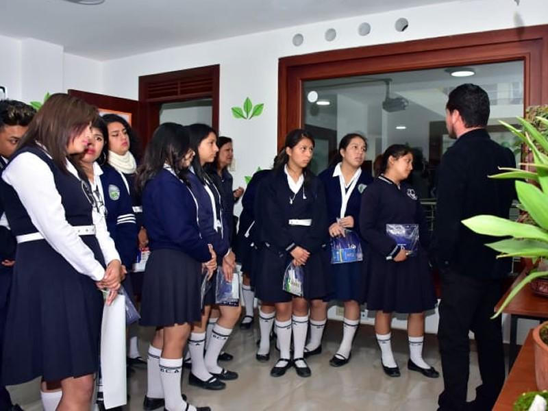 Instituto Bolivariano expone proyectos en Casa Abierta