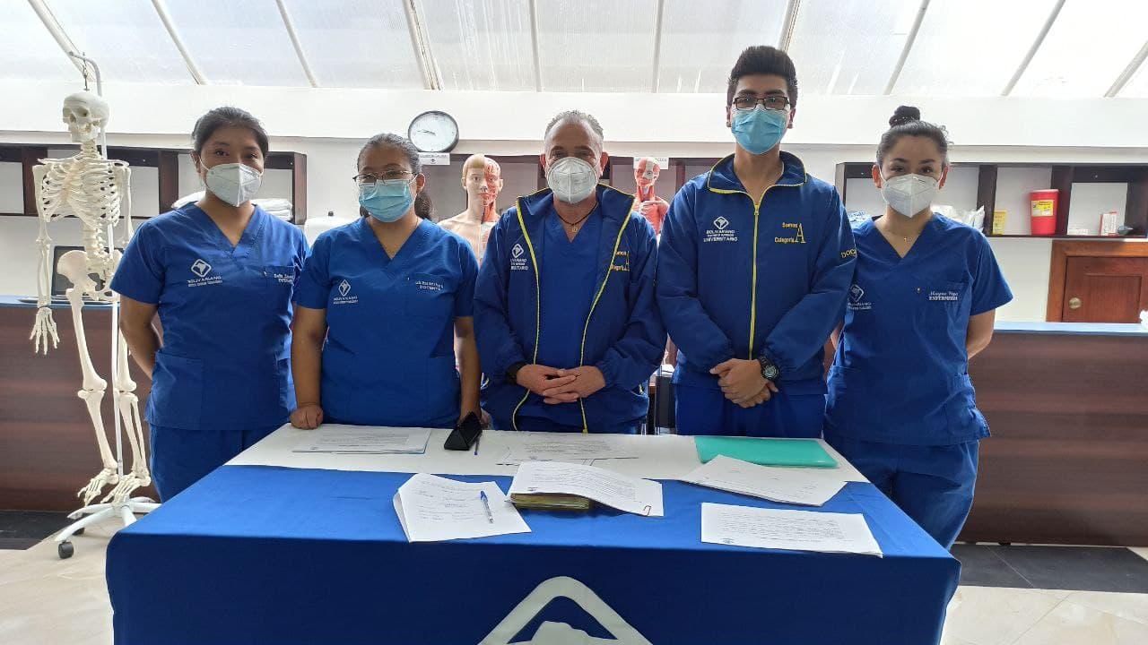 Egresados de Enfermería del BOLIVARIANO exponen casos clínicos previo a graduación